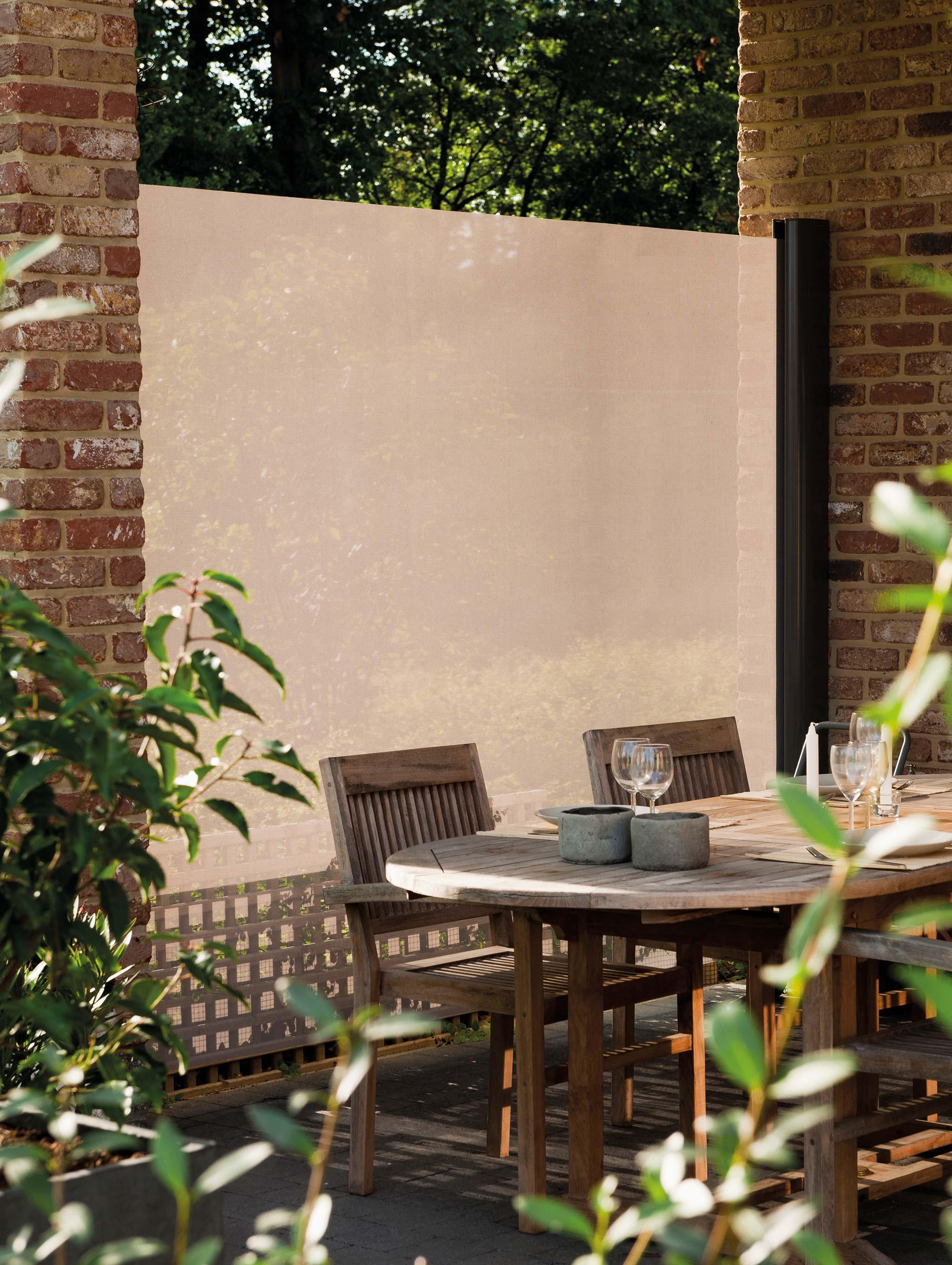 seitlicher wind und sonnenschutz sl400 harol. Black Bedroom Furniture Sets. Home Design Ideas